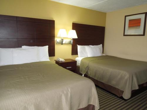 Americas Best Value Inn at Central Valley Photo