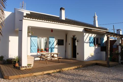 holidays algarve vacations Sagres PuraVida Divehouse