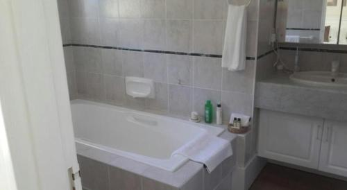 Tranquille Manor Guest House Photo
