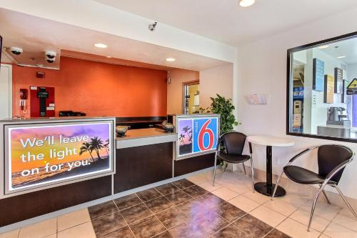 Motel 6 Salinas South - Monterey Area Photo
