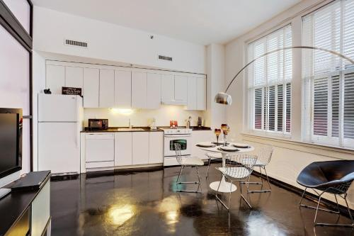 South Carondelet Street Apartment by Stay Alfred Photo
