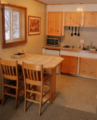 Red Mountain Village Cottages Photo