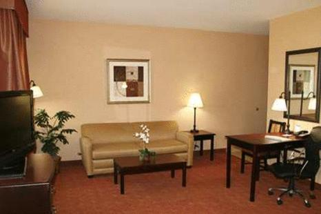 Hampton Inn & Suites Durant Photo