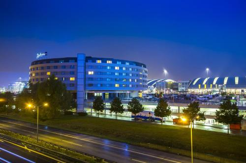 Radisson Blu Hotel, Hamburg Airport photo 16