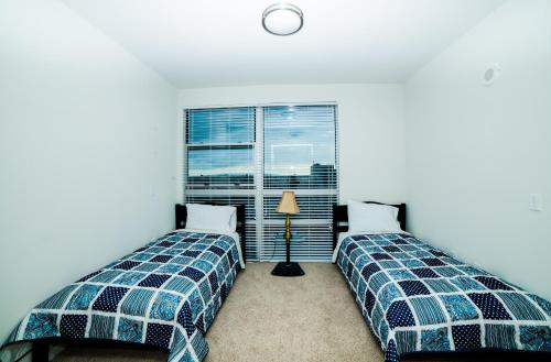 Downtown Victoria Apartment Photo