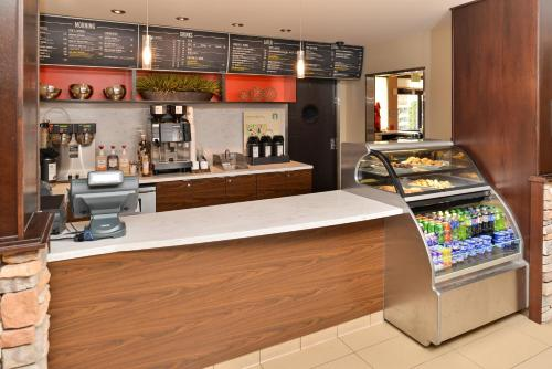 Courtyard by Marriott Denver Cherry Creek photo 17