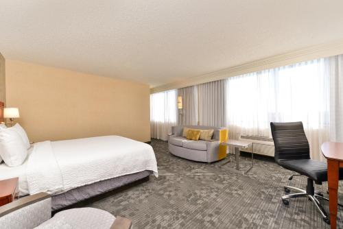 Courtyard by Marriott Denver Cherry Creek photo 24