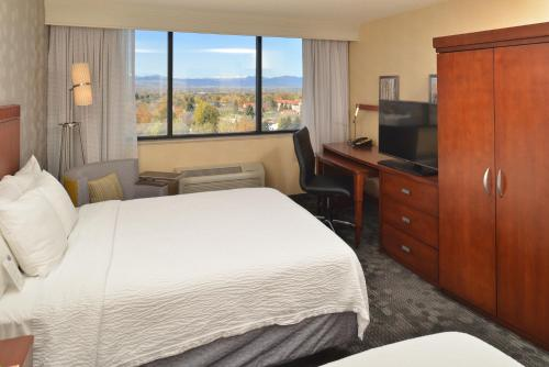 Courtyard by Marriott Denver Cherry Creek photo 29