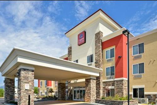 Picture of Comfort Suites Redding - Shasta Lake