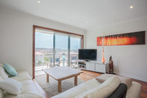 Bondi Ocean Views - A Bondi Beach Holiday Home