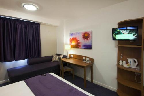 Premier Inn London St.Pancras photo 12