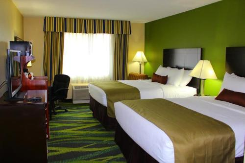 Best Western Plus Philadelphia Bensalem Hotel Photo