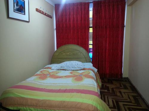 Hostal Apurimak Photo