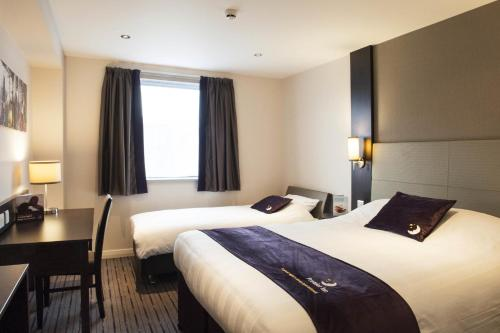 Premier Inn London Hendon - The Hyde photo 7