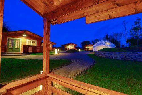 Giltraps Townhouse & Glamping, Kinnitty