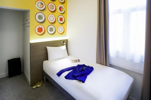 ibis Styles London Kensington photo 16