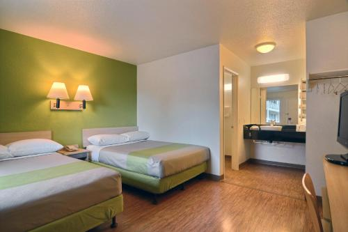 Motel 6 Tumwater - Olympia Photo