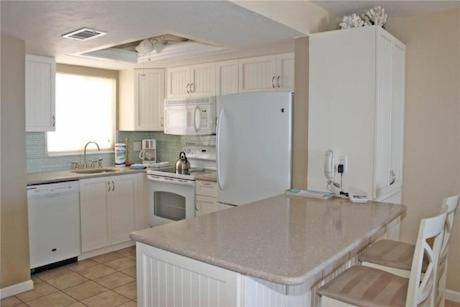 Cane Palm 605 By Vacation Rental Pros