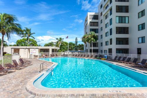 Sandarac B304 By Vacation Rental Pros In Fort Myers Beach