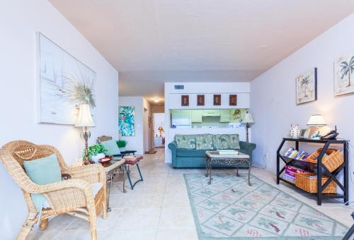 Yacht Amp Racquet 117 By Vacation Rental Pros In Fort Myers