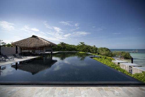 Nizuc Resort & Spa Photo