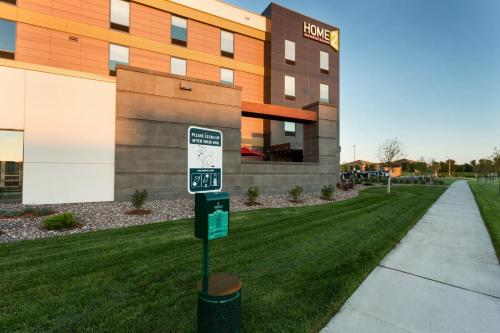 Home2 Suites by Hilton Fargo Photo