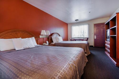 Americas Best Value Airport Inn - SeaTac Photo