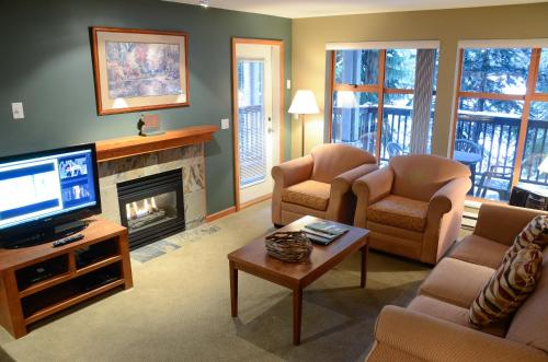 Twin Peaks Resort by Whistler Vacation Club Photo