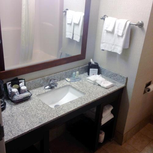 Comfort Inn Lexington South - Nicholasville, KY 40356