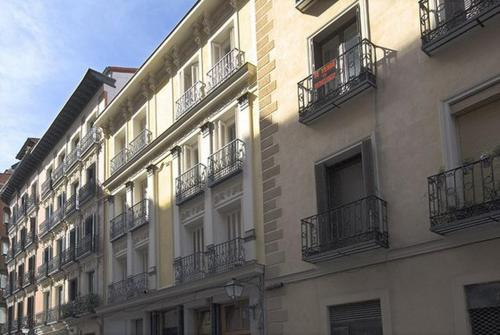 Friendly rentals mistral in hoteles apartamentos calle for Calle mistral