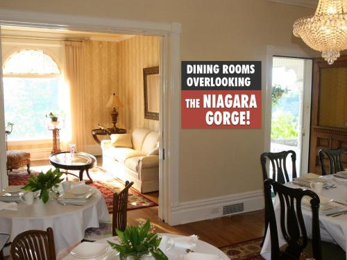 Niagara Grandview Manor Photo