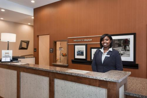 Hampton Inn and Suites Clayton/St. Louis-Galleria Area Photo