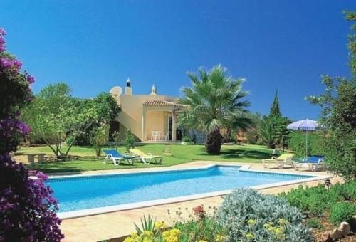 holidays algarve vacations Porches Villa in Porches I