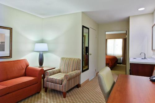 Country Inn & Suites Decatur Photo