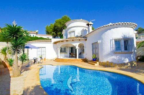 Apartment with fireplace in Moraira, Морайра