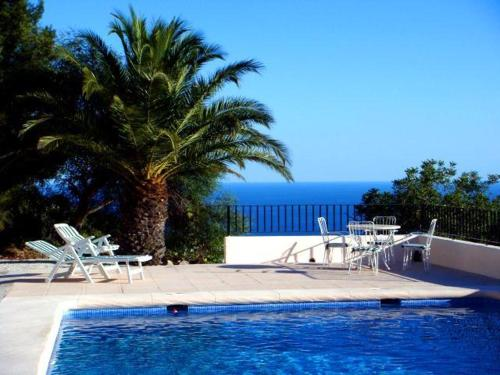 Apartment with garden, pool in Benissa - фото 0