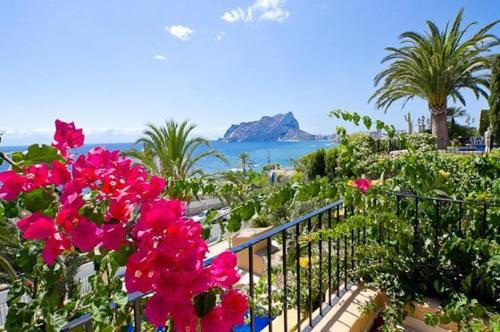 Apartment with mountain view in Benissa - фото 0