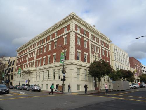 Downtown Berkeley YMCA Hotel and Residence Photo