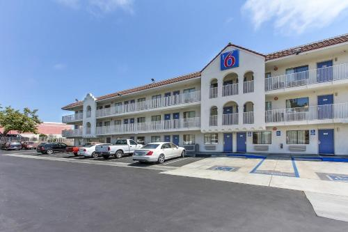 Picture of Motel 6 Watsonville - Monterey Area