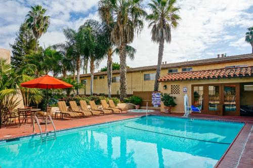 Brisas Del Mar Inn at the Beach Photo