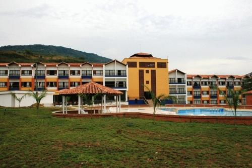 Hotel Mundo Guarigua Cajasan Photo