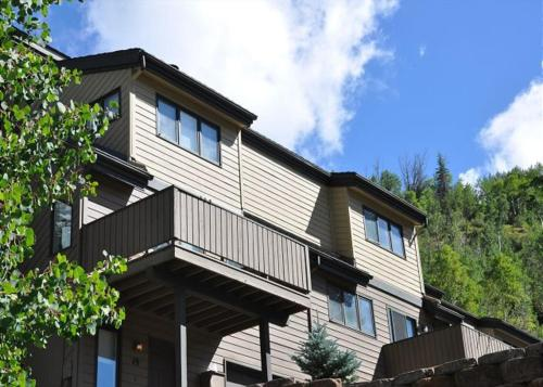 Renew Your Spirits with Gore Range Views - Vail, CO 81657