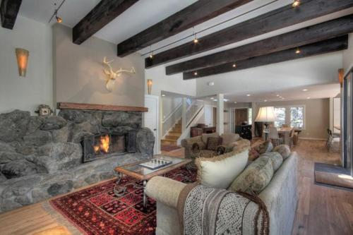 Squaw Valley Paradise - Olympic Valley, CA 96146
