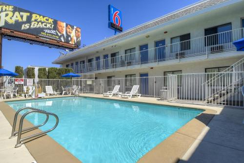 Motel 6 Las Vegas - I-15 photo 8