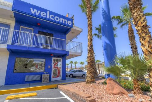 Motel 6 Las Vegas - I-15 photo 1