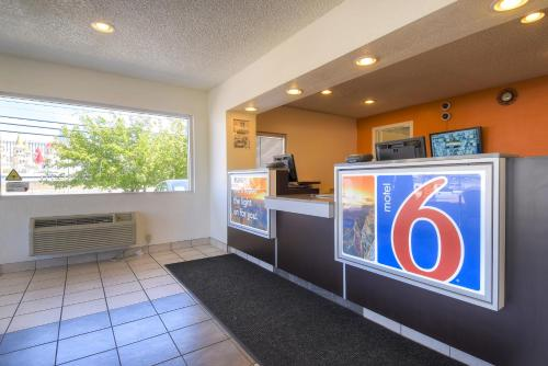 Motel 6 Las Vegas - I-15 photo 14