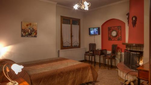 Charoula Rooms