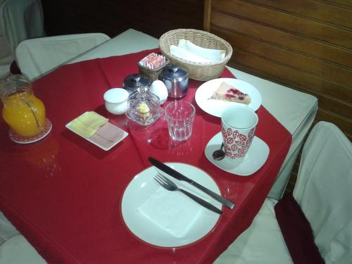 Hostal del Estrecho Photo