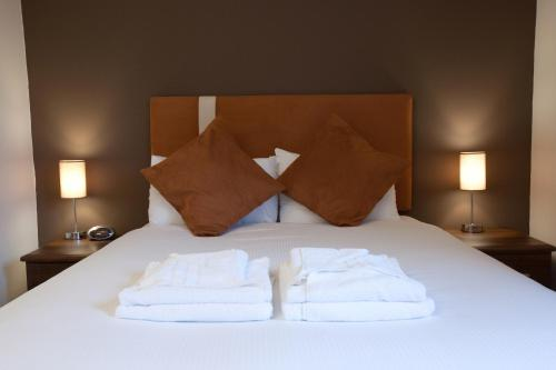 Photo of The Spires Serviced Suites Hotel Bed and Breakfast Accommodation in Aberdeen Aberdeenshire