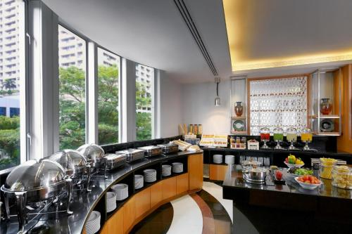 Marriott Executive Apartments Mayfair Bangkok photo 21